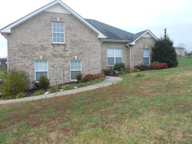 6055 Hill Cir, Bon Aqua, TN