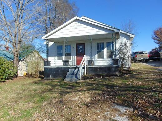 556 E Washington St, Pulaski, TN
