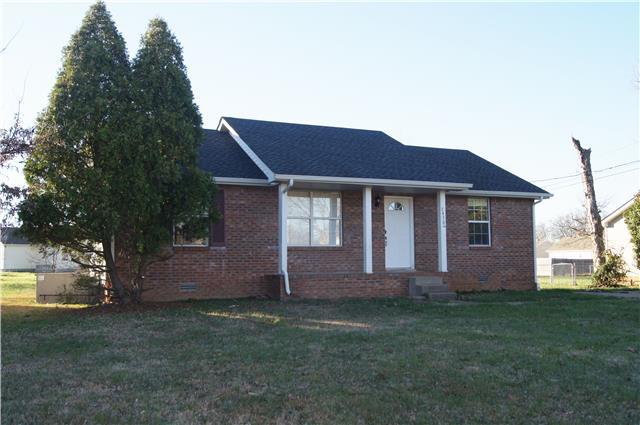 3430 Oak Lawn Dr, Clarksville, TN