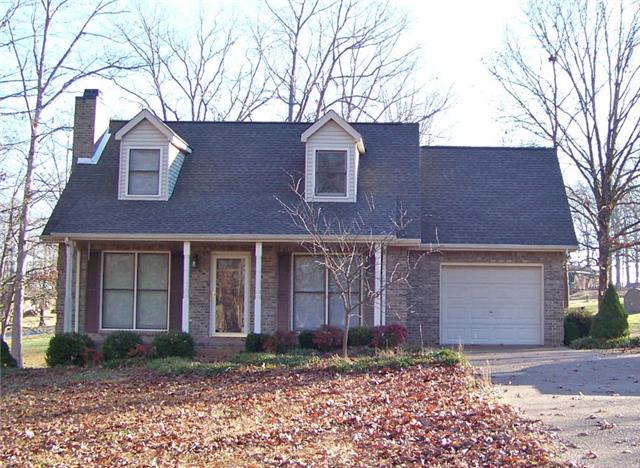 80 Clearwater Dr, Tennessee Ridge, TN