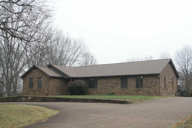 304 Mosley Dr, Springfield, TN