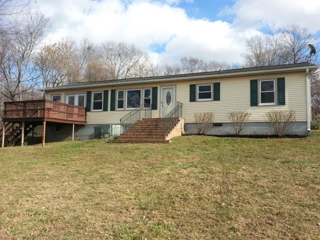 1149 Wakeman Rd, White Bluff, TN