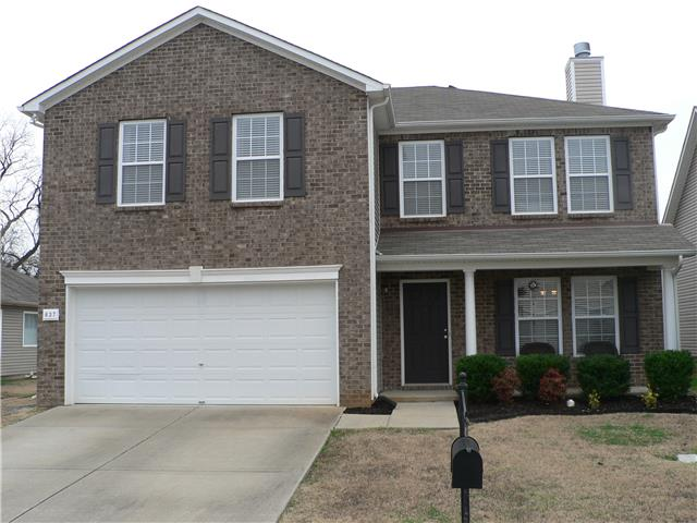 637 Creek Oak Dr, Murfreesboro, TN