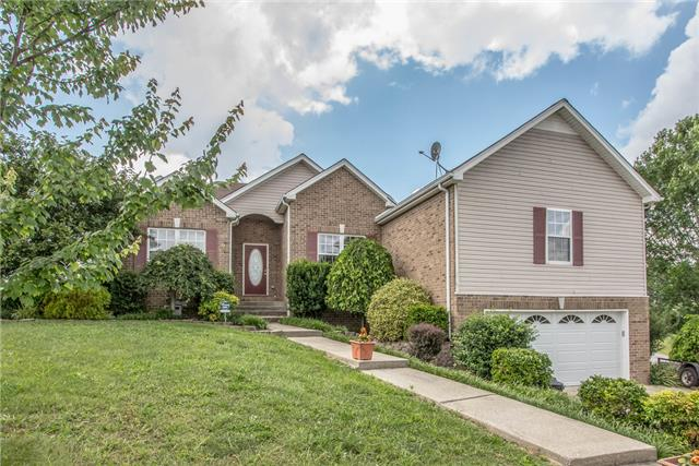 100 Forest Ct, Burns, TN