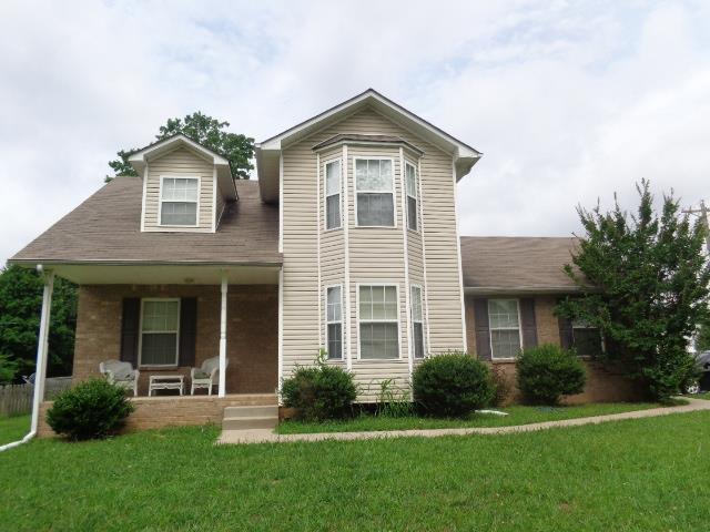 402 Cyprus Ct, Clarksville, TN