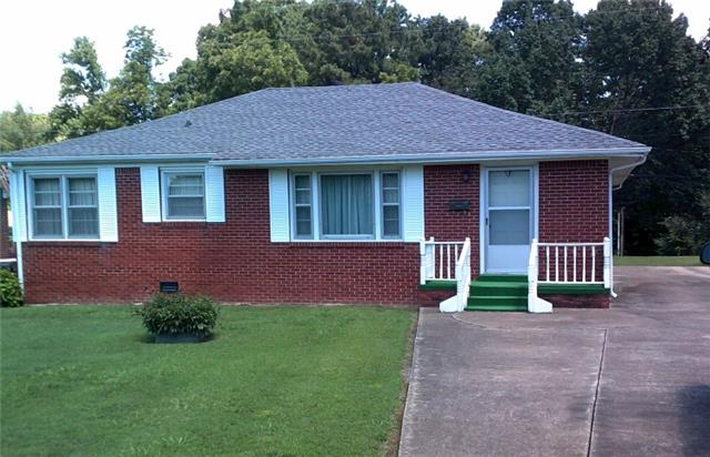503 W 4th Ave, Hohenwald, TN