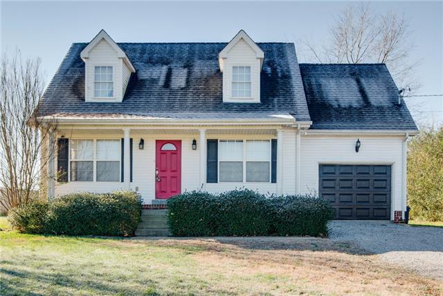 1290 Spencer Mill Rd, Burns, TN