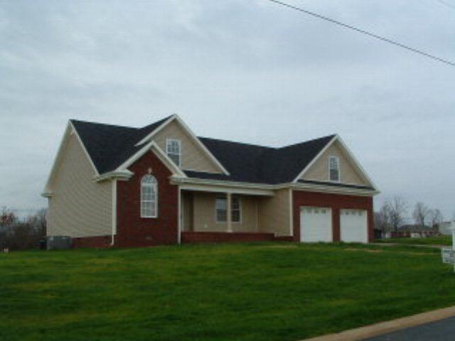 192 Westbrooke Cir, Hopkinsville KY 42240