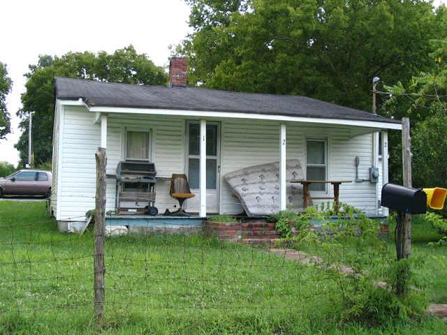 122 Earnhart St, Shelbyville TN 37160