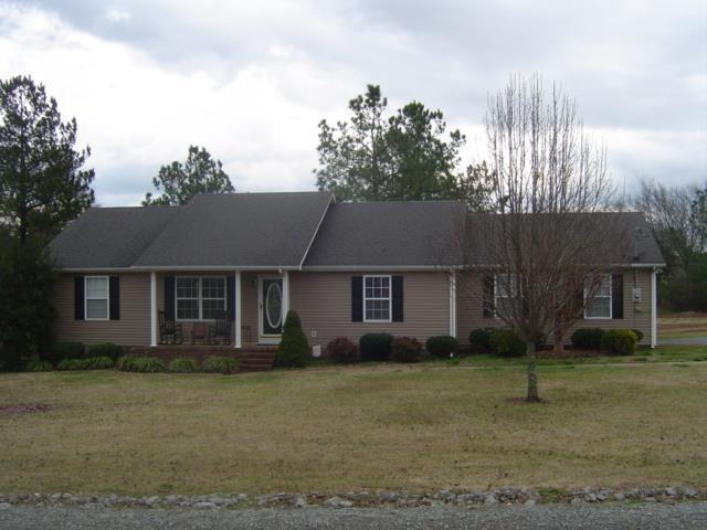 107 Sanders St, Shelbyville TN 37160