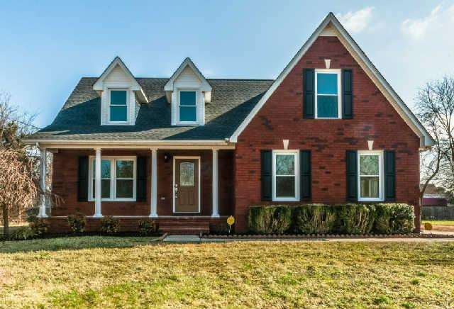 2206 General Raines Dr, Murfreesboro, TN