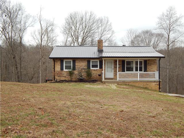 140 Dogwood Dr, Dover, TN