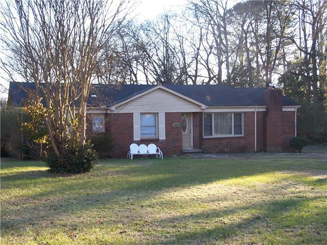 543 E Madison St, Pulaski, TN