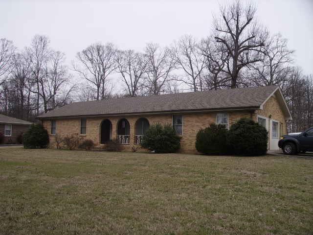 1500 Hillwood Cir, Lafayette, TN