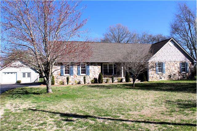 249 Wakefield Dr, Manchester, TN