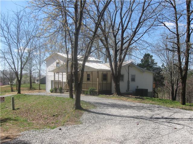 10168 Spring Creek Rd, Lyles, TN