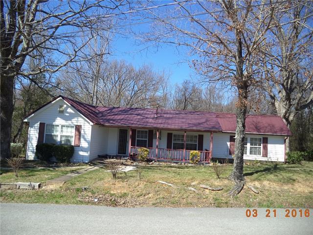 220 Adams Loop, Tennessee Ridge, TN