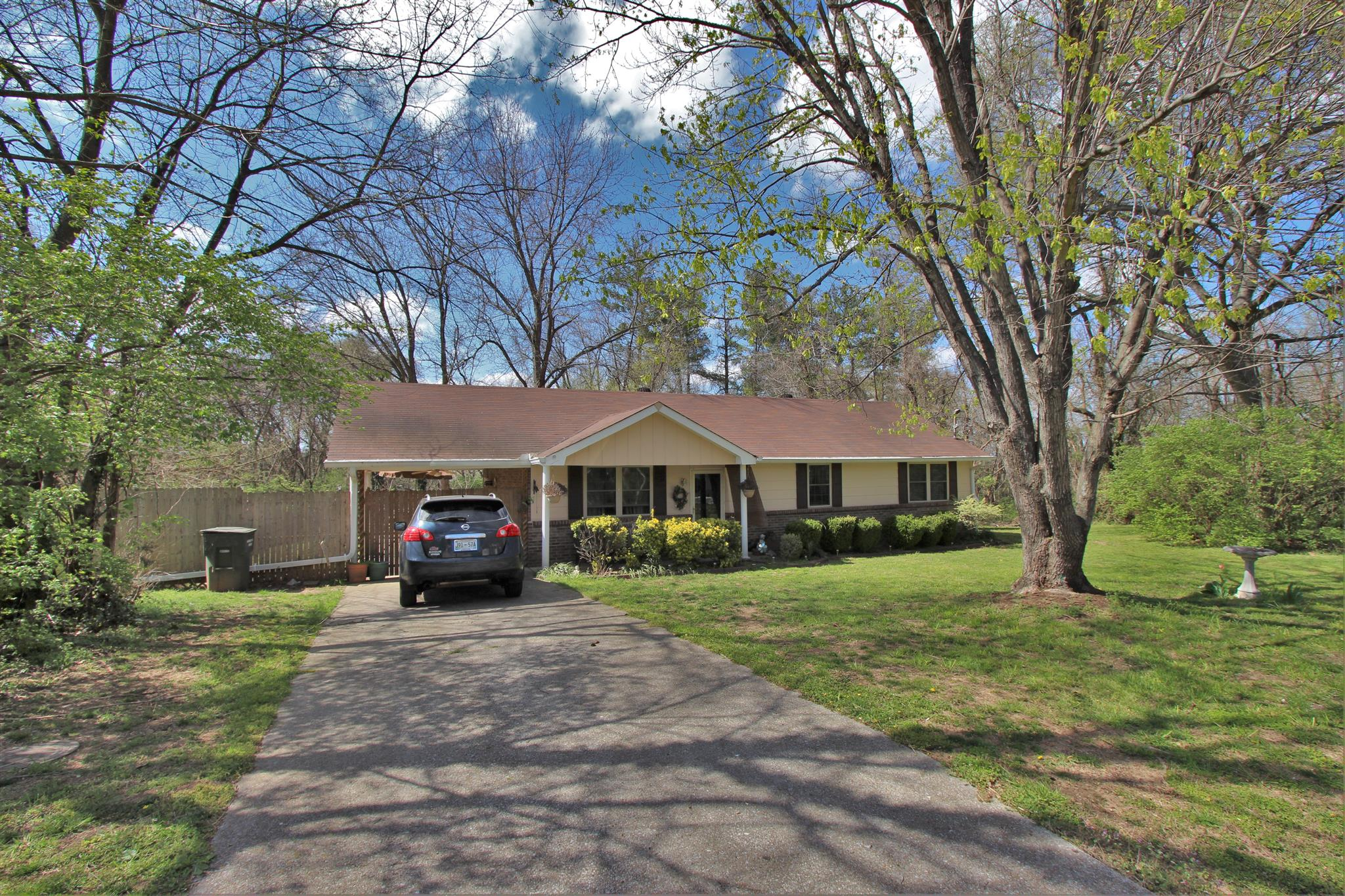 417 Hollywood Dr, Old Hickory, TN