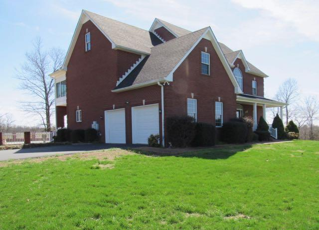 408 Witcher Hollow Rd, Red Boiling Springs, TN