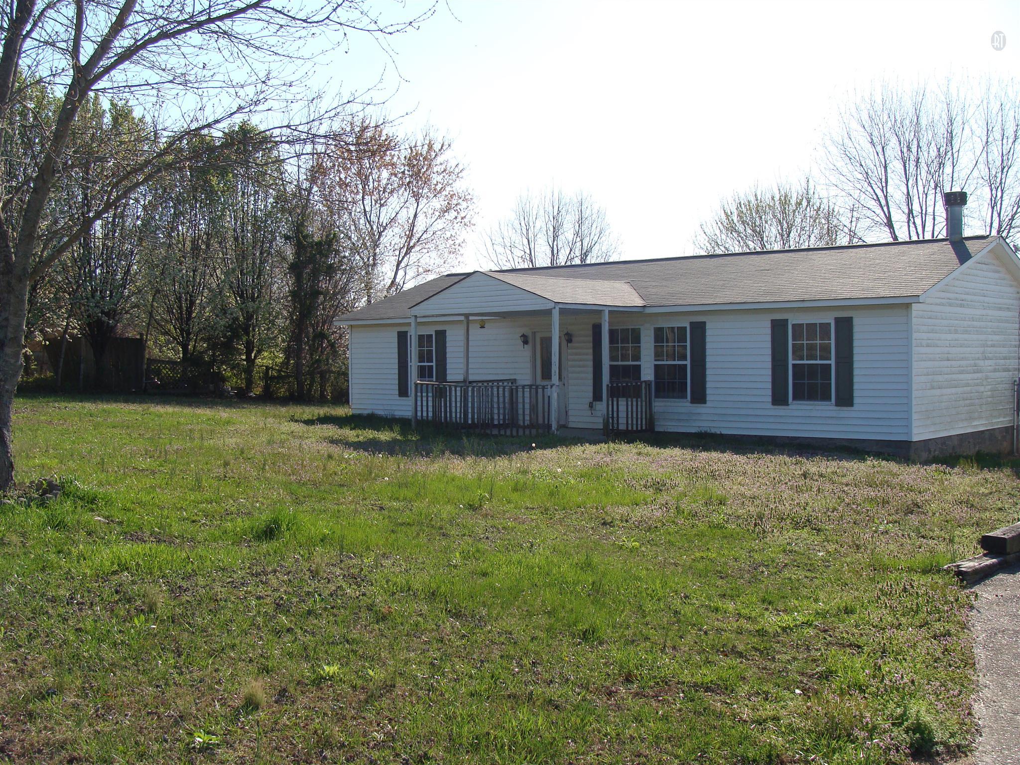 1039 Leo Baker Rd, Ashland City, TN