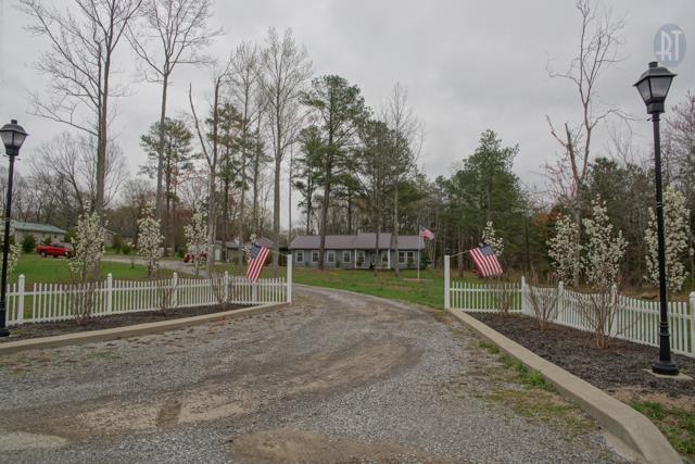 427 Telegraph St, Tennessee Ridge, TN