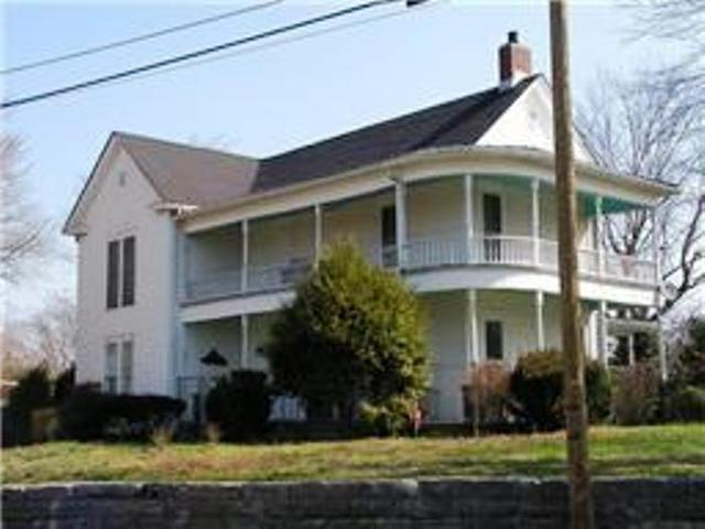 127 Columbia Ave, Centerville, TN