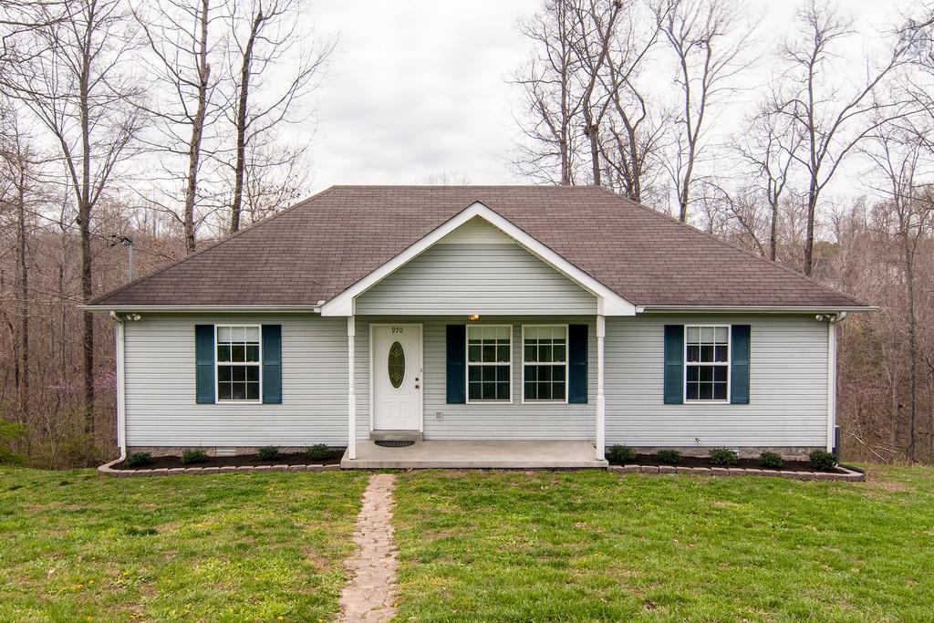 970 Jordan Cir, White Bluff, TN