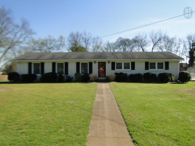 111 Cloverdale Rd, Shelbyville TN 37160