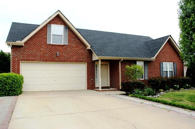 1515 Nathan Ct, Murfreesboro TN 37130
