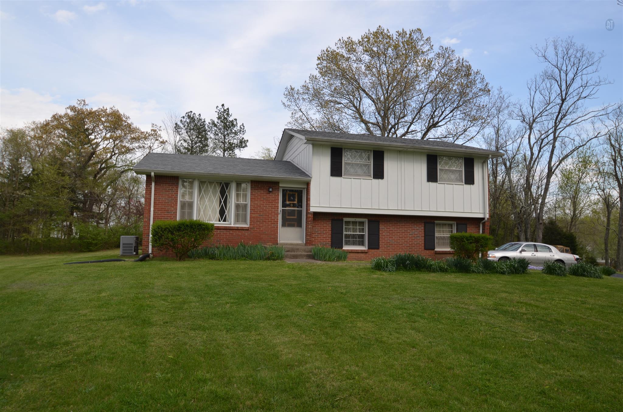 1551 Dotsonville Rd, Clarksville, TN
