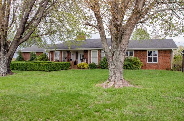 3045 Logan Rd, Greenbrier TN 37073