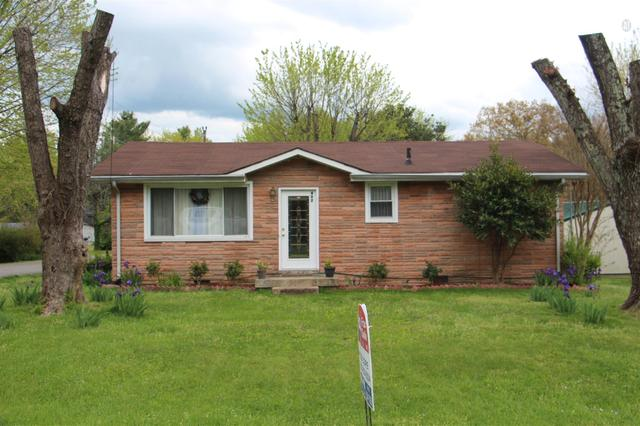 402 South Ct, Greenbrier, TN
