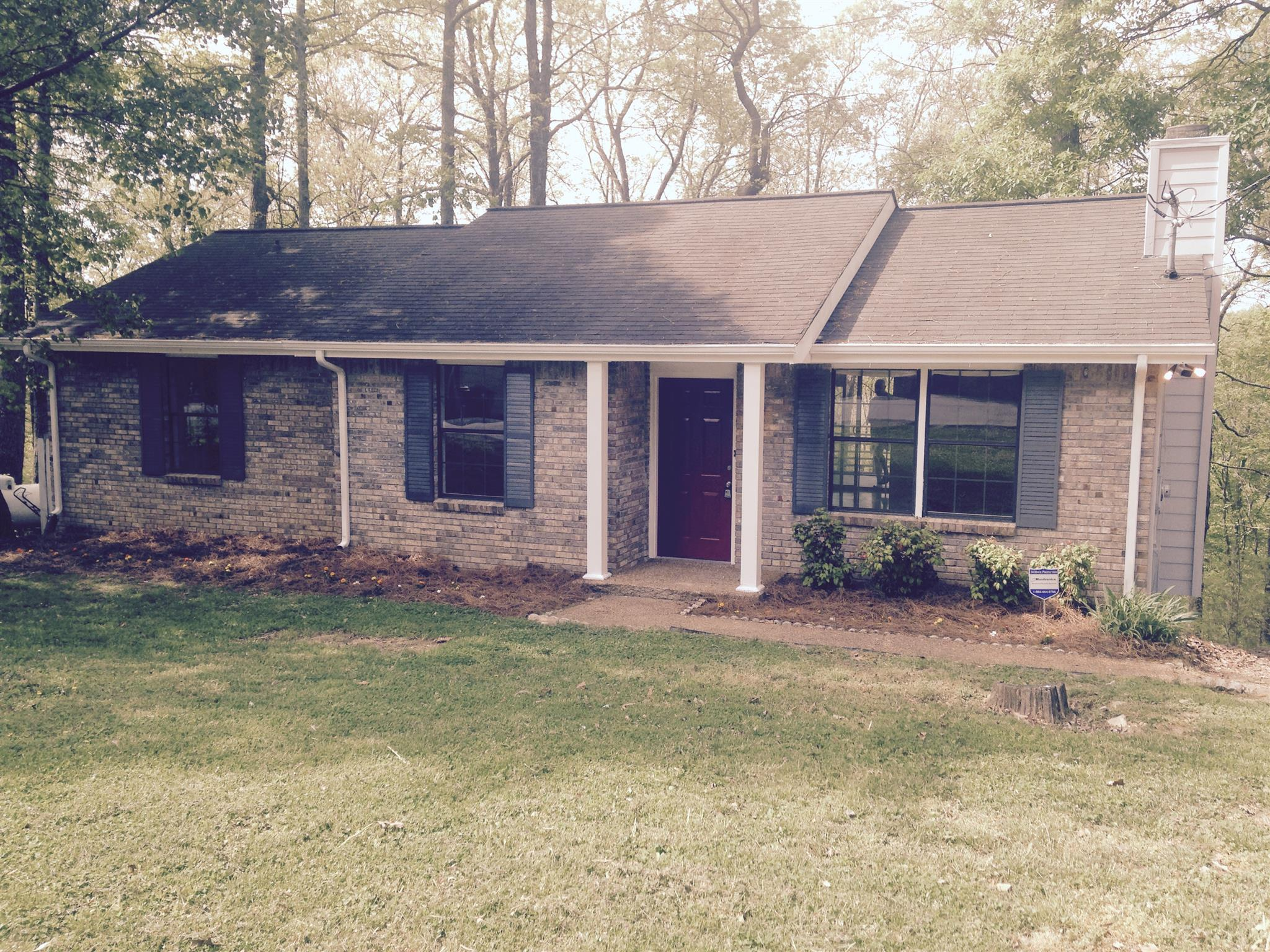 1816 Winding Way Dr, White House, TN