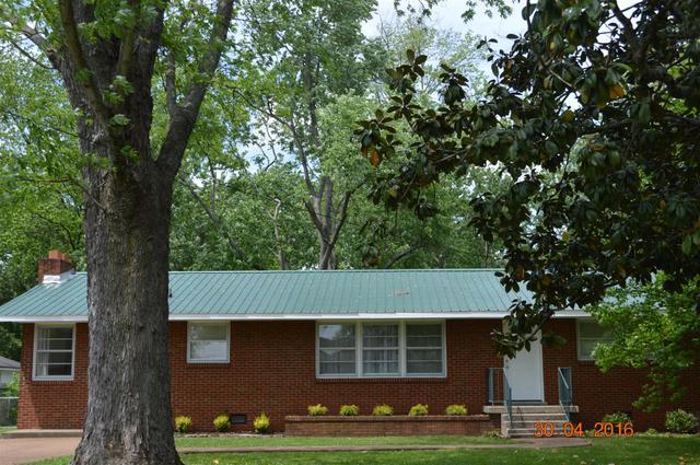 1611 Diana St, Murfreesboro TN 37130