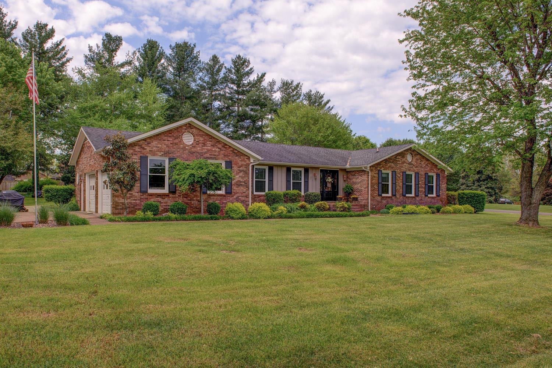 2104 Fox Hill Dr, Murfreesboro, TN