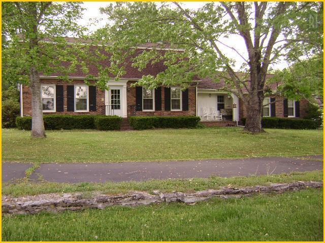 273 Valley View Dr, Woodbury, TN