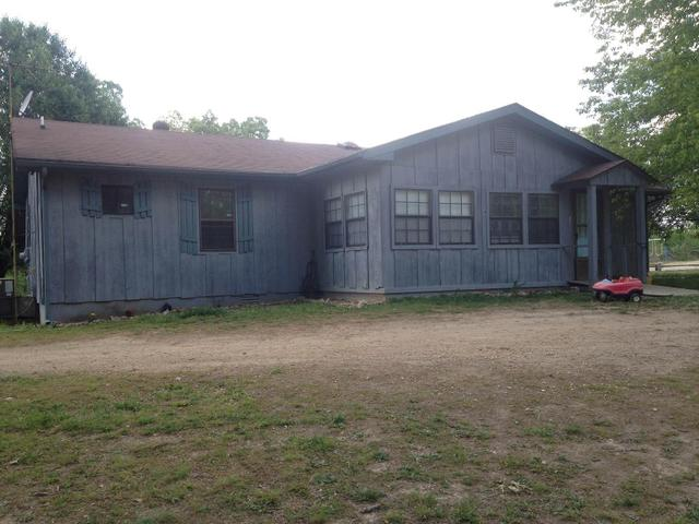 270 Napier Rd, Hohenwald, TN