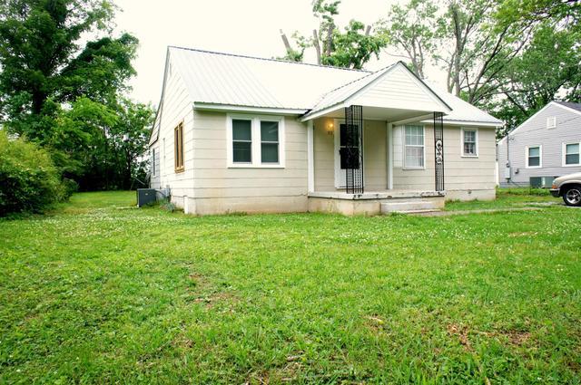 919 Leaf Ave, Murfreesboro TN 37130