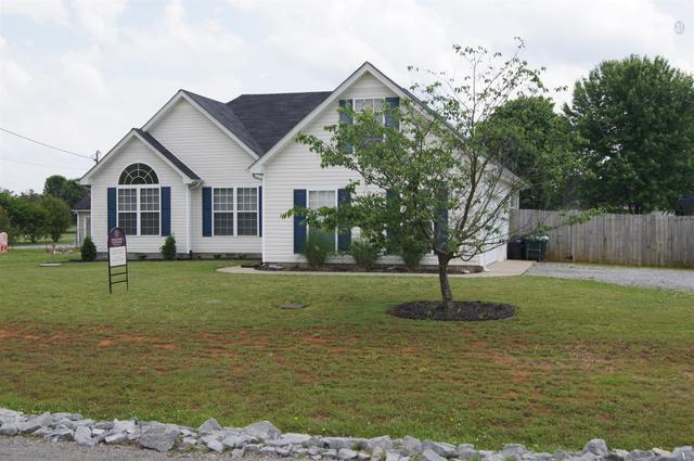 7116 Lone Eagle Dr, Murfreesboro TN 37128
