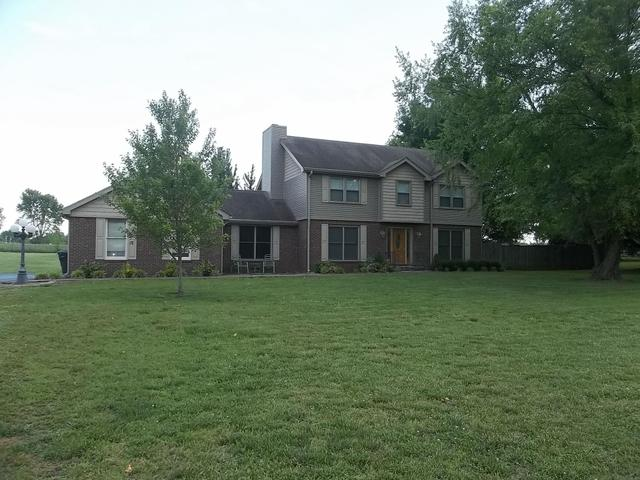 1017 Great Oaks Dr, Hopkinsville KY 42240