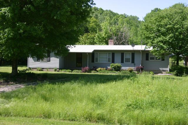 8485 Flat Gap Creek Rd, Olivehill TN 38475