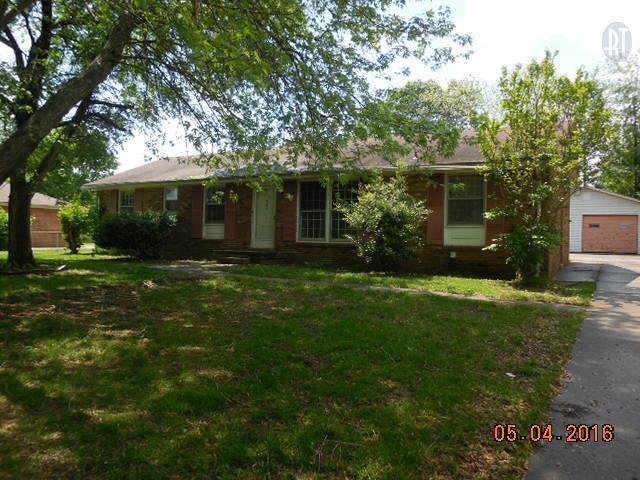207 Maplewood Dr, Clarksville, TN
