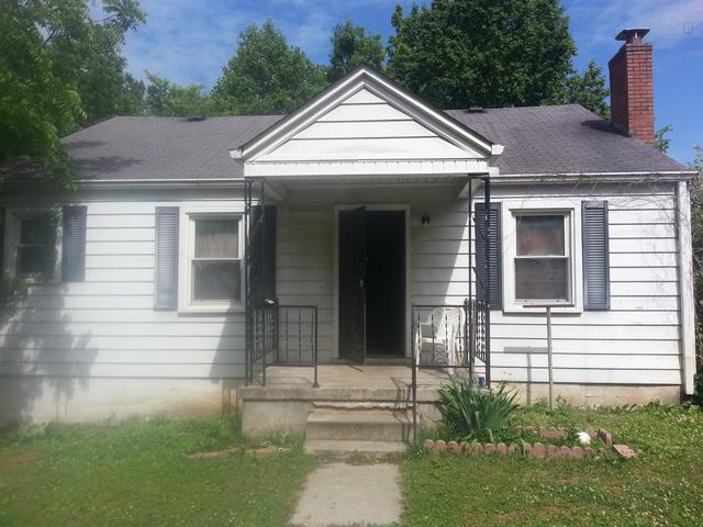 1511 Galloway St, Columbia TN 38401