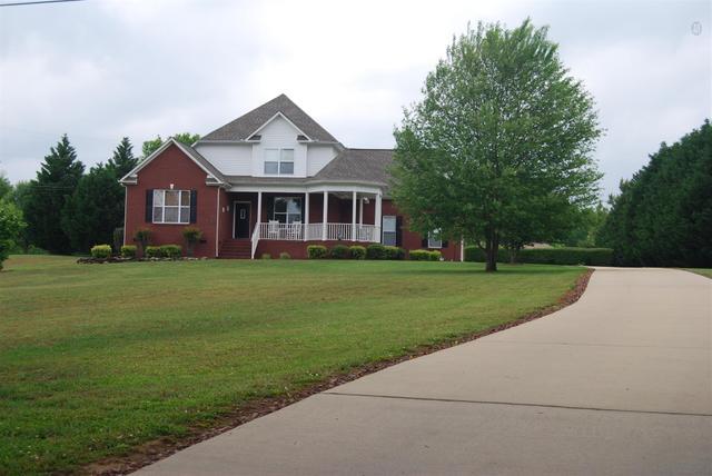 973 Rip Steele Rd, Columbia TN 38401