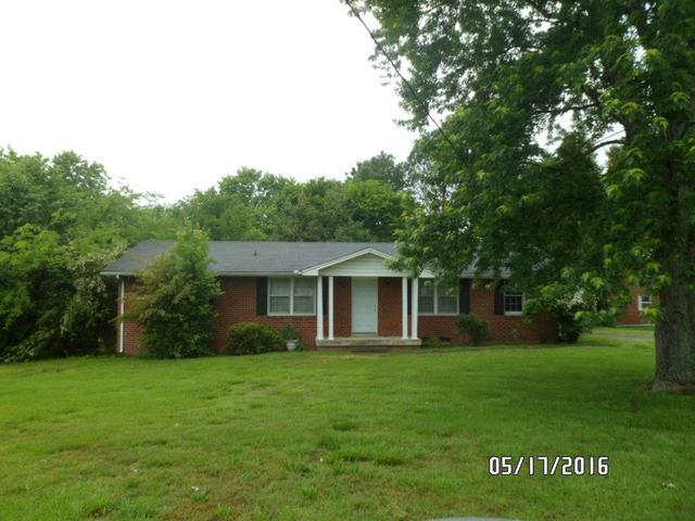 112 Iris Dr, Hendersonville TN 37075