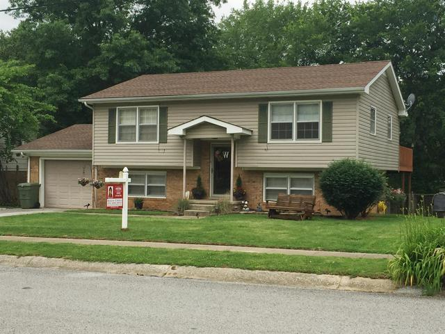905 Springmont Dr, Hopkinsville KY 42240