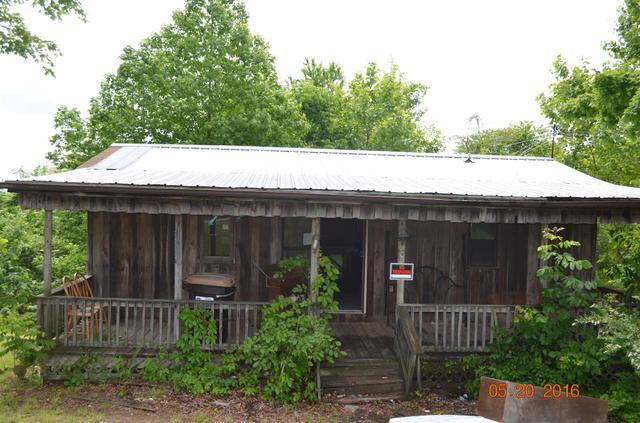 4562 York Landing Rd, Woodlawn, TN