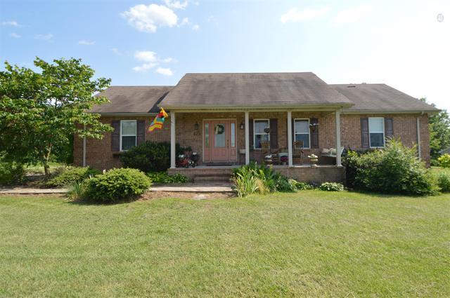 475 Walton Chapel Rd, Lafayette, TN