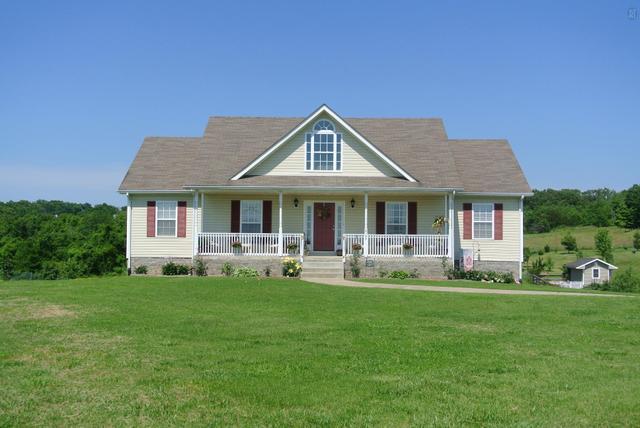 2195 Chester Harris Rd, Woodlawn, TN