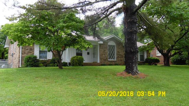 122 Susan Dr, Hendersonville, TN